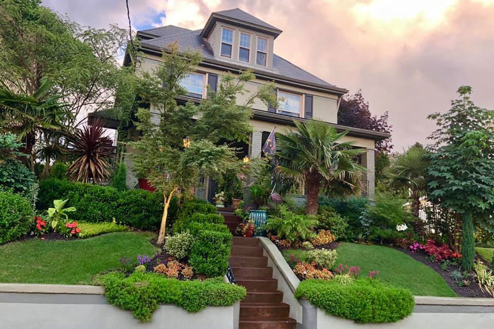 The Best Front Yard in America is Found in New Kensington | Pittsburgh  Magazine