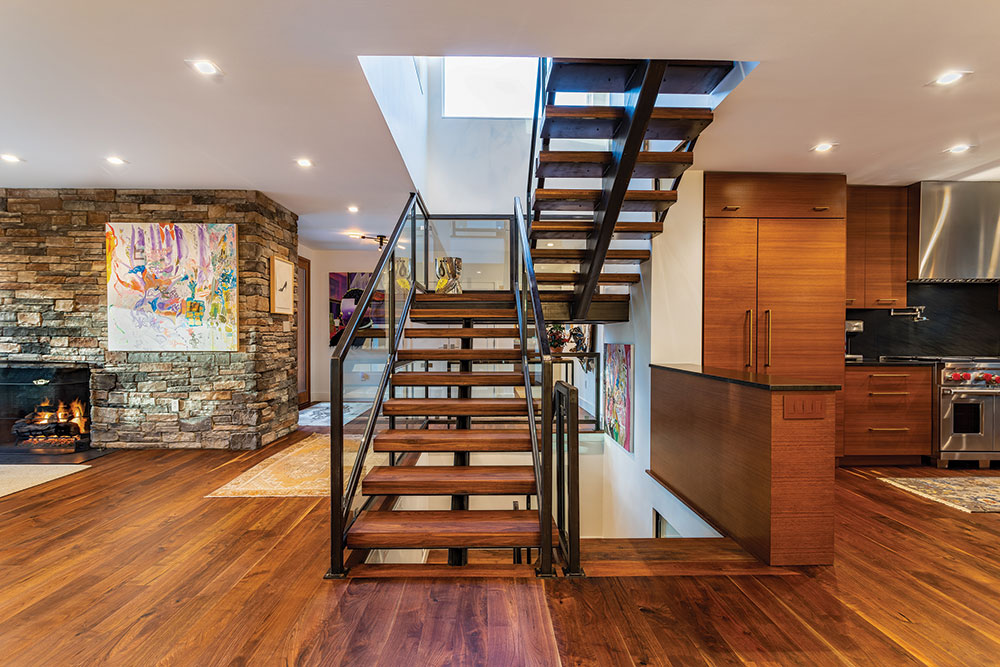 Reno Ext Stairs Apr21