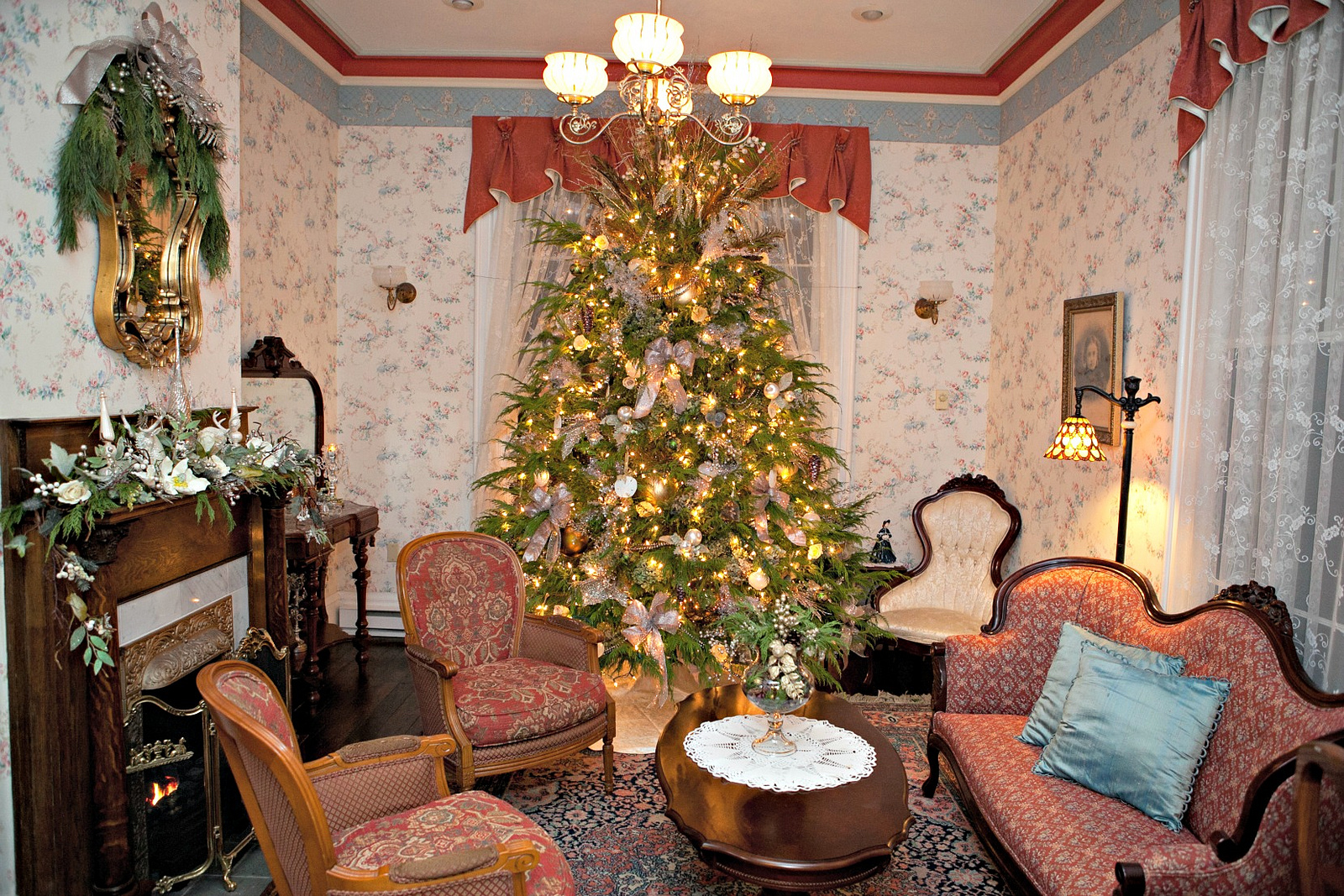 Tis The Season 6 Holiday House Tours In Pittsburgh Pittsburgh